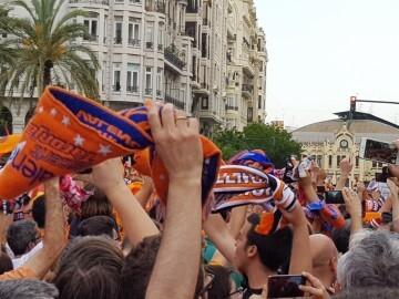 Valencia Basket celebró con su afición el primer título de la Liga Endesa (20)