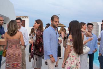 inauguran en el Puig el nuevo Beach club Cattaleya mar (60)