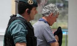 Ángel María Villar pasa la noche en los calabozos tras 12 horas de registro.