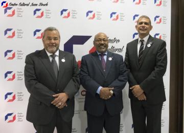 Adriano de los Santos, cónsul en Barcelona; Rafael Acosta, cónsul en Madrid y Jorge Cordero, cónsul en Valencia