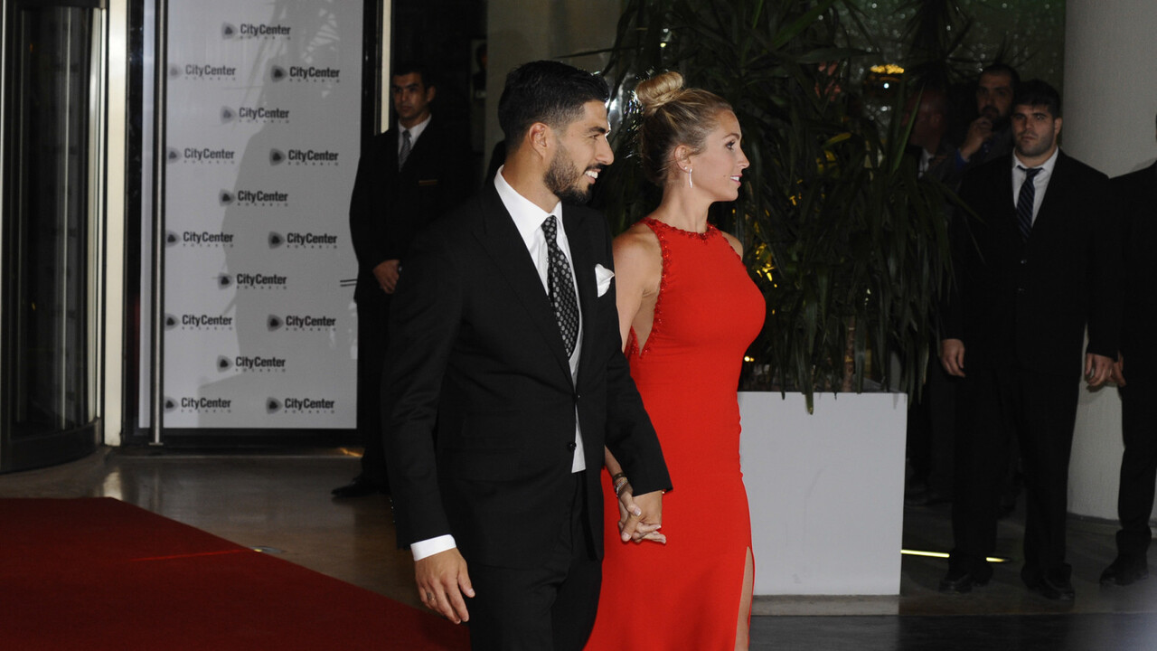 Casamiento-boda-Messi-alfombra-roja-Luis-Suarez-2-1920