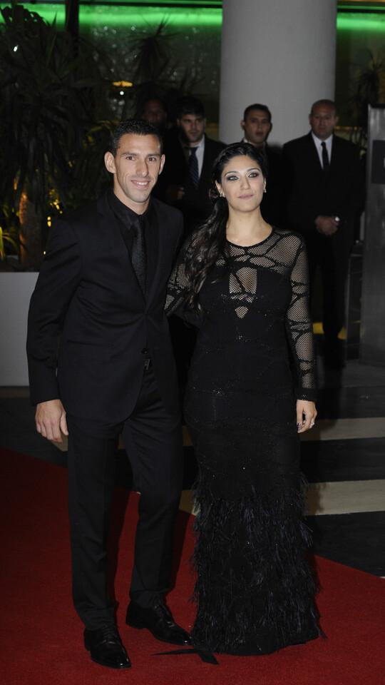Casamiento-boda-Messi-alfombra-roja-Maxi-Rodriguez-7
