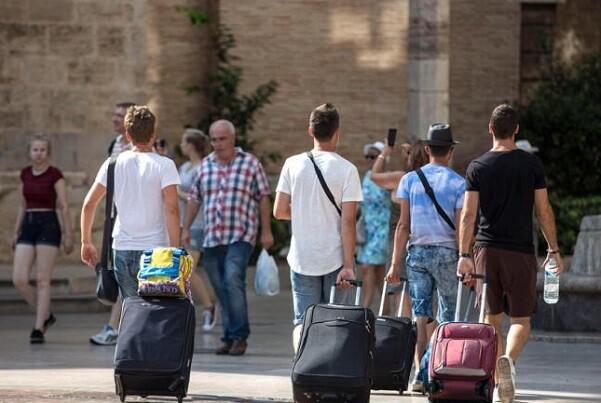El 62 por ciento de los turistas se aloja en hoteles y solo el 17 por ciento en apartamentos turísticos.