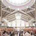 El Ayuntamiento aporta 76.300 euros al Mercado Central para mantener ocupadas más del 70 por ciento de las paradas.