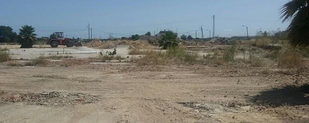 El coste de la limpieza de la parcela de la calle San Vicente se reclamará a sus propietarios.