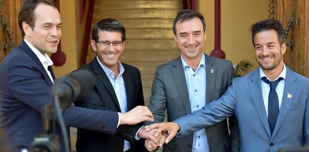 Jorge Rodríguez con los alcaldes de Cheste, Riba-roja y Loriguilla.