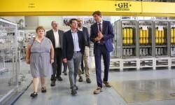 La Diputación ayuda a Higueruelas a ampliar el polígono y mantener los 520 empleos de Power Electronics.