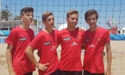 Los cadetes masculinos del Club Voleibol Valencia rumbo al Campeonato de España
