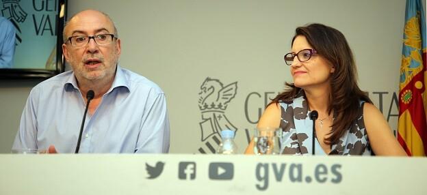 Manuel Alcaraz y Mónica Oltra.