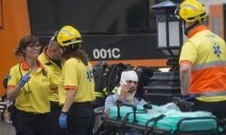 Medio centenar de heridos, uno de ellos grave, en un accidente de tren de Cercanías en Barcelona