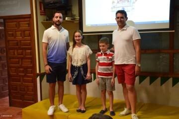Mireia Cuñat, y Presidente Infantil Merienda con el artista infantil de la falla Plaza de la Mercé (144)