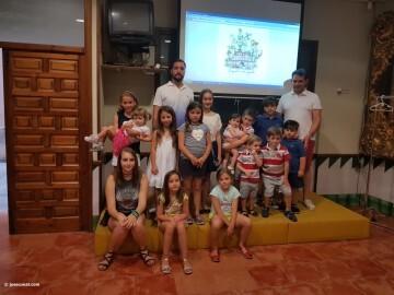 Mireia Cuñat, y Presidente Infantil Merienda con el artista infantil de la falla Plaza de la Mercé (151)