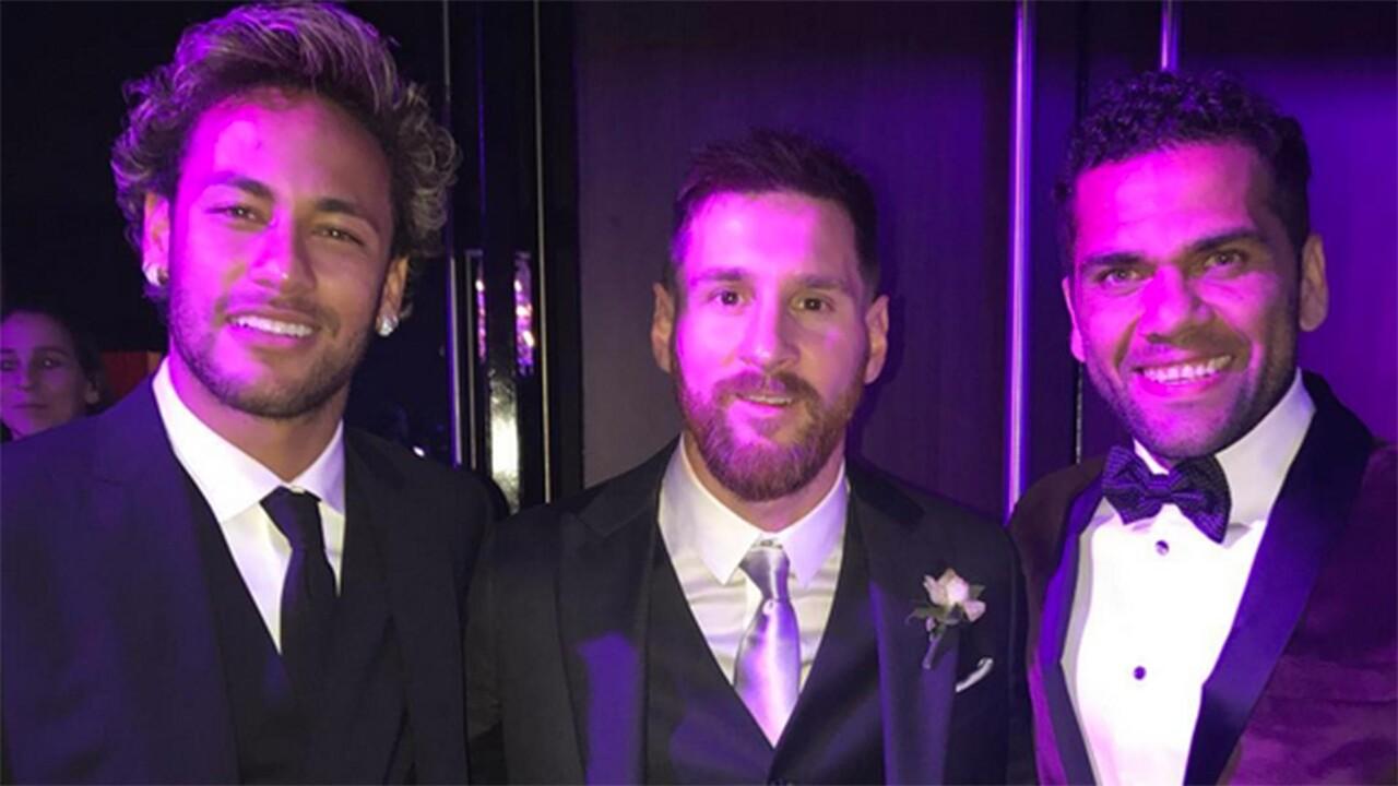 Neymar-Dani-Alves-Messi-1