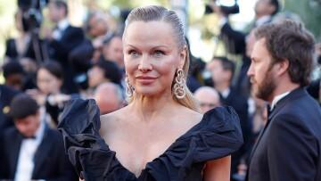 Pamela-Anderson-Cannes-1