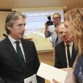 12-08-2017 Marco entrega carta al ministre