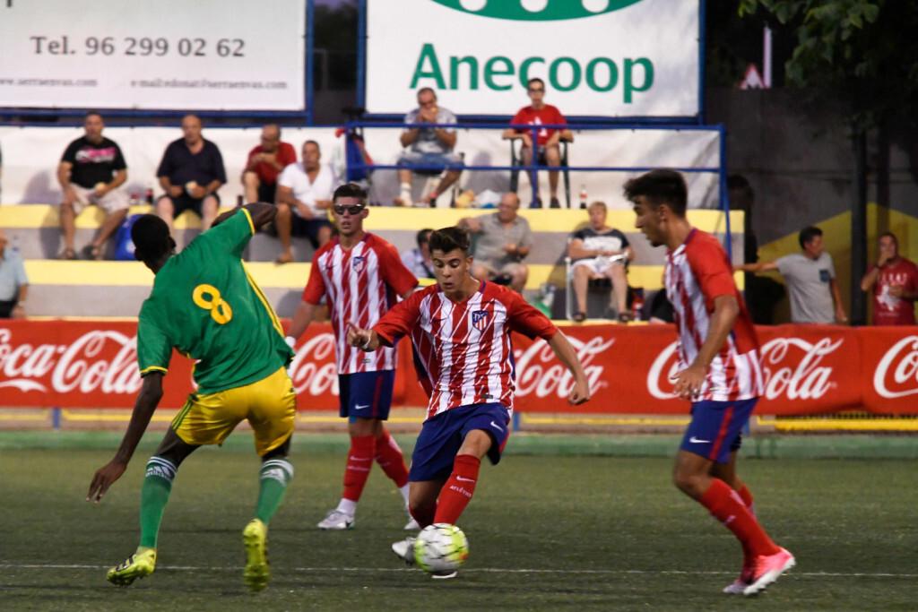 El Atlético de Madrid aprovecha la superioridad numérica y golea a Mauritania (4-0)