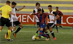 El Valencia CF golea al Levante UD y se verá las caras con el At. Madrid en la final del COTIF