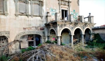 La Asociación Círculo por la Defensa del Patrimonio, junto con Acr Constantí Llombart. denuncian el abandono del chalet de Garín o del Rosal de Burjassot (6)