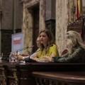 Sandra Gómez recibe a más de 200 jóvenes para trabajar durante un año en el Ayuntamiento.