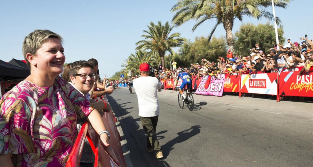 Vuelta ciclista en Puerto de Sagunto foto_Abulaila (4)