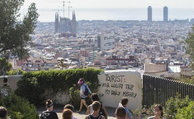 turismofobia-barcelona-k90C--624x385@El Correo
