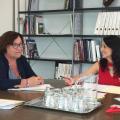 Ali Brancal amb directora general habitatge Rebeca Torró