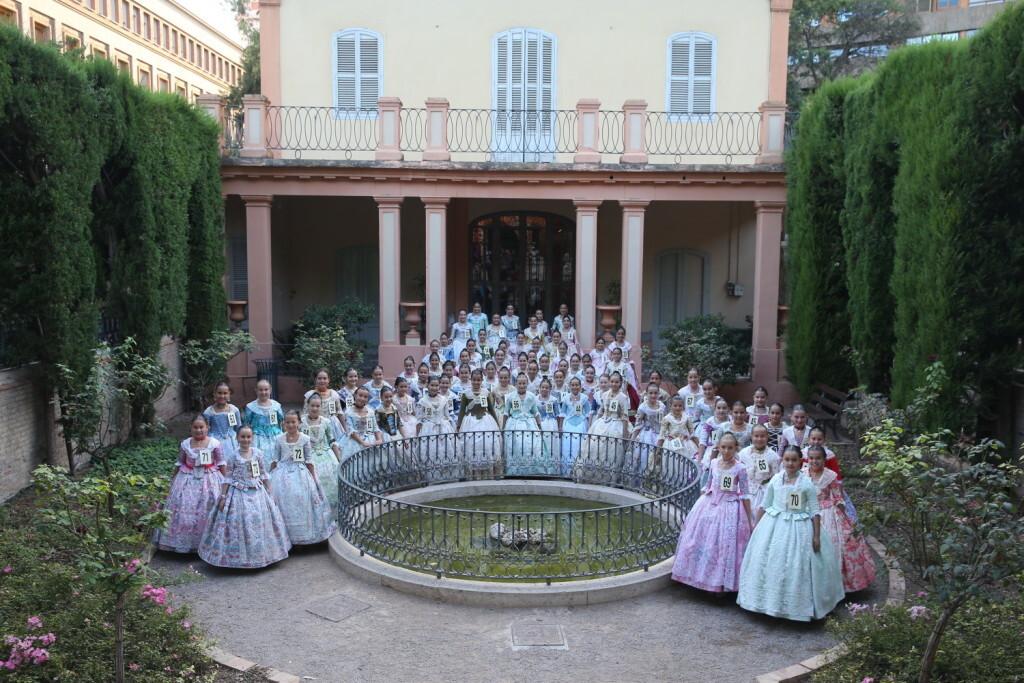 Candidates a Fallera Major Infantil de València 2018, del día de hui als Jardins de Monforte (2)