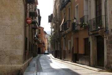 Comienza la instalación de las placas de las calles con los nuevos nombres con los que se cumple la ley de Memoria Histórica.