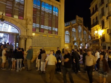 El BONICA FEST mercado central (7)