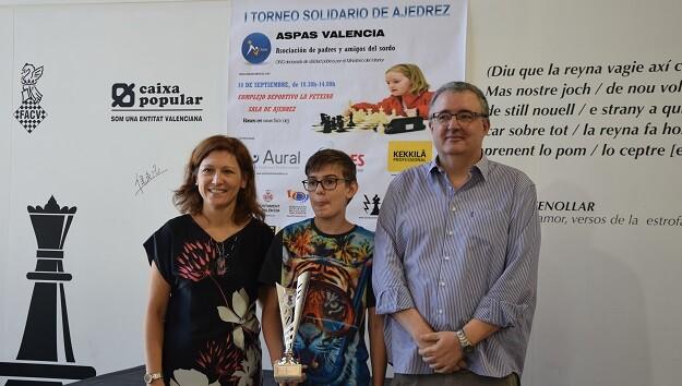 El Campeón del torneo Andres Luque. 3