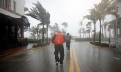 El huracán Irma inunda Florida y deja sin luz a 4 millones de personas.