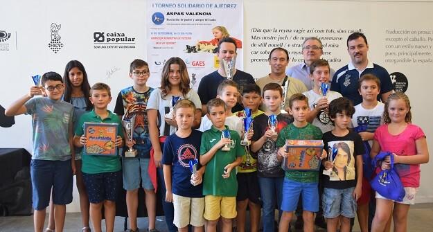 Foto de todos los premiados. 1