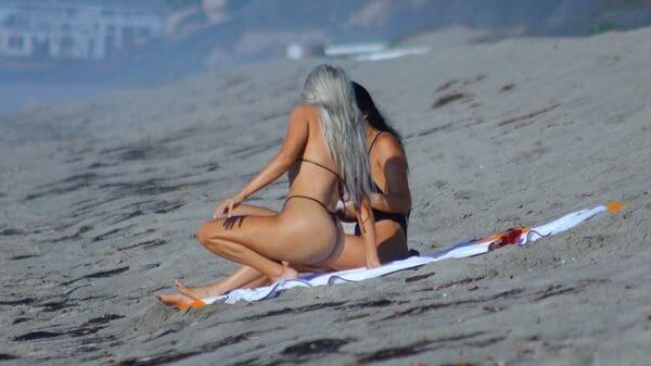 Kim-Kardashian-playa-2