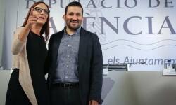 La vicepresidenta, Maria Josep Amigó, junto al conseller de Educación, Vicent Marzà. - copia
