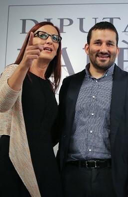 La vicepresidenta, Maria Josep Amigó, junto al conseller de Educación, Vicent Marzà.