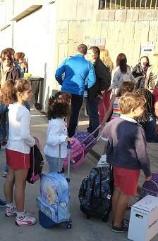Niños y niñas en el inicio del curso escolar.