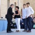 Puig reafirma el compromiso de la Generalitat con la Policía autonómica para ampliar el número de efectivos que trabajan por una sociedad 'próspera y libre'.