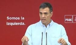 Rajoy, Rivera, Iglesias y aceptan la comisión de Sánchez sobre el Estado autonómico.