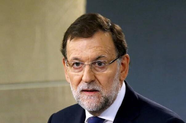 Rajoy pide a los dirigentes catalanes que vuelvan 'a la legalidad'.