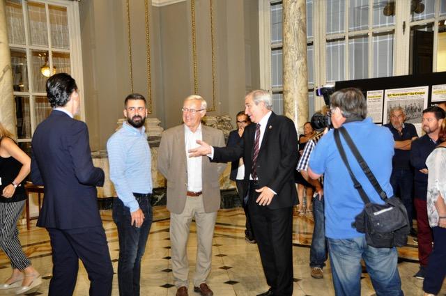Ribó y Fuset presiden el pregón de Moros y Cristianos (1)