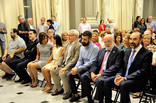 Ribó y Fuset presiden el pregón de Moros y Cristianos (2)