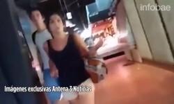 Revelaron imágenes del terrorista de Barcelona mientras huye caminando con una escalofriante calma en medio del caos