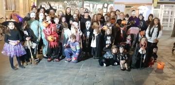 Agrupación La Seu-Xerea-El Mercat celebra Halloween con los más peques (6)
