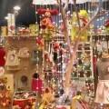 El Ayuntamiento ampliará la descentralización de la decoración navideña en los barrios para fomentar pequeño comercio.