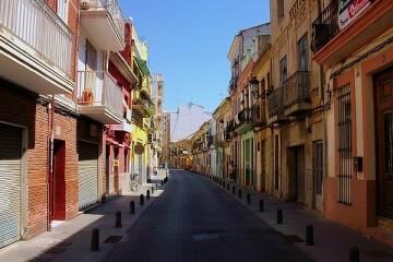 """El Gobierno Local adelanta el """"cambio profundo"""" de El Cabanyal en los próximos años, fruto de """"acciones constantes en la dirección correcta""""."""