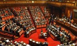 Italia aprueba una nueva ley electoral que favorecerá las amplias coaliciones para gobernar.