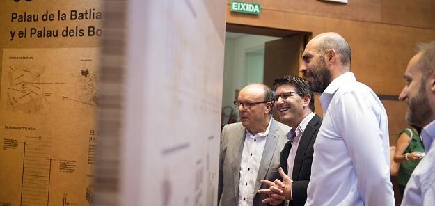 Jorge Rodríguez, inaugura la exposición 'Coneix la Diputació'.