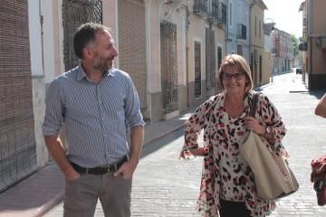 La Diputación asiste a l'Ènova para ayudarle a crecer como municipio y evitar la despoblación.