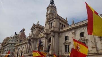 Miles de personas se manifiestan por la unidad de España en Valencia 20170930_120731 (12)