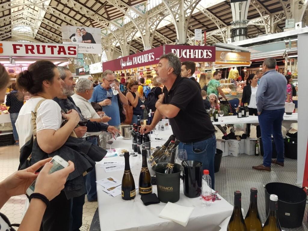 Nuevo éxito de vins al Mercat (2)